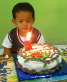 Zen's 2nd Birthday, 18 Desember 2010